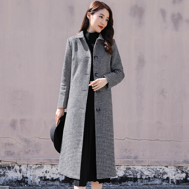 Hepburn style thousand bird Tartan fur coat for womens slim middle and long 2020 anti season clearance trend Plaid fur coat