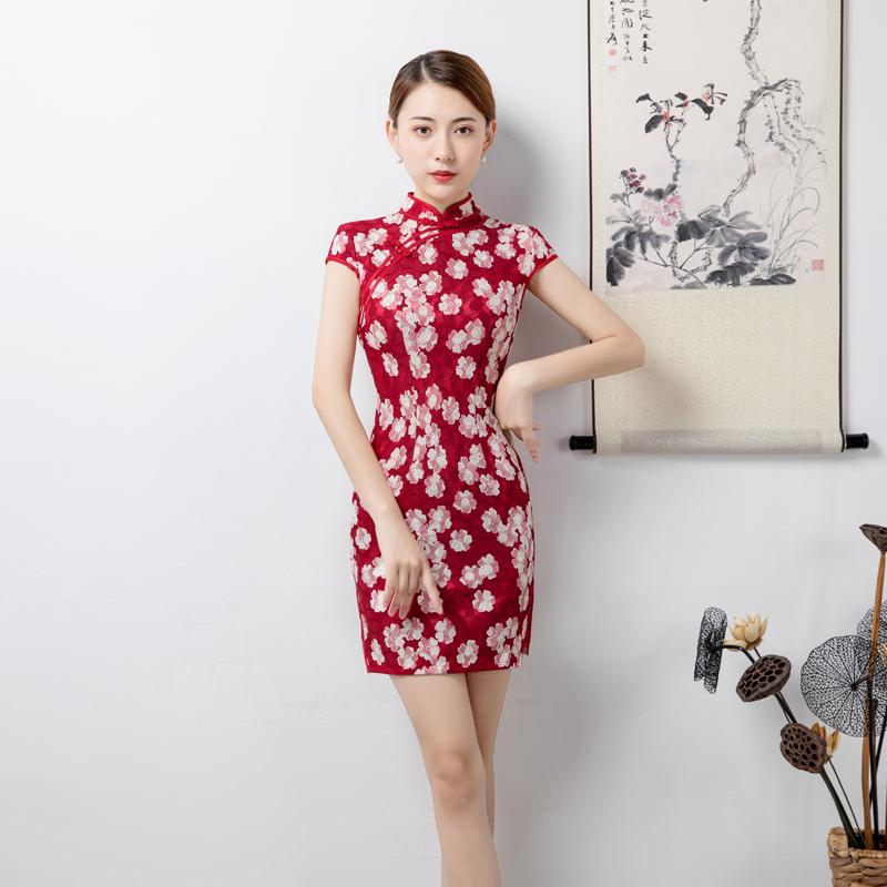 日常蕾丝旗袍短款修身2018年夏季新品红色小花优雅年轻旗袍连衣裙