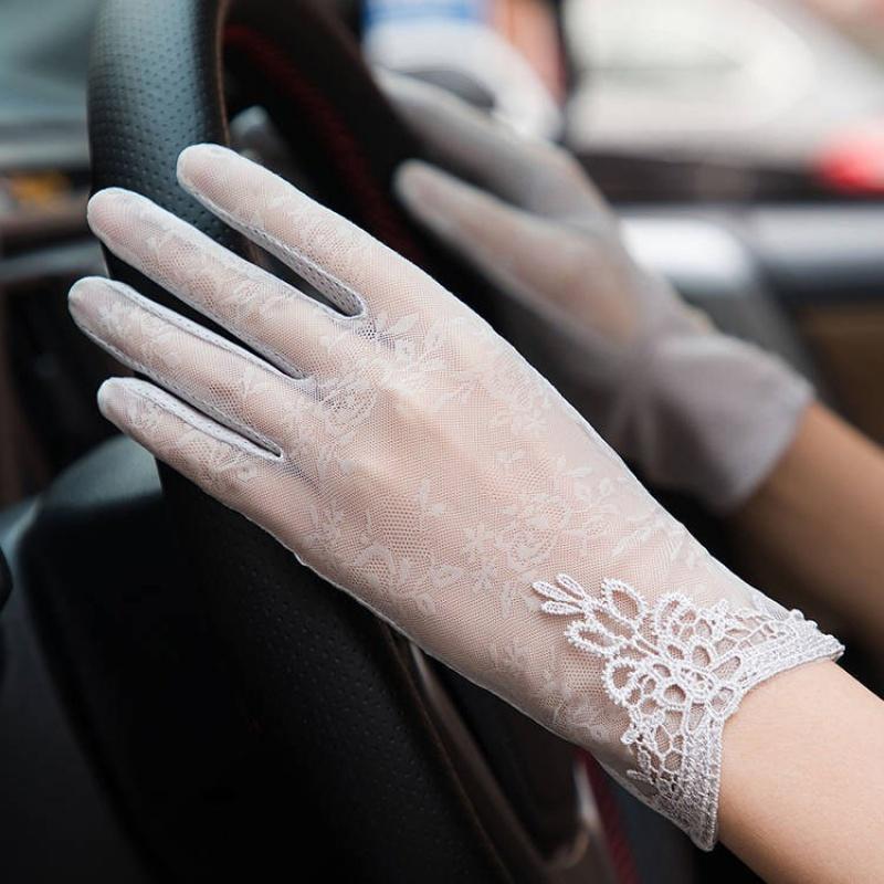 手套女春夏季薄短款冰丝透气防滑触屏防紫外线蕾丝开车女骑车