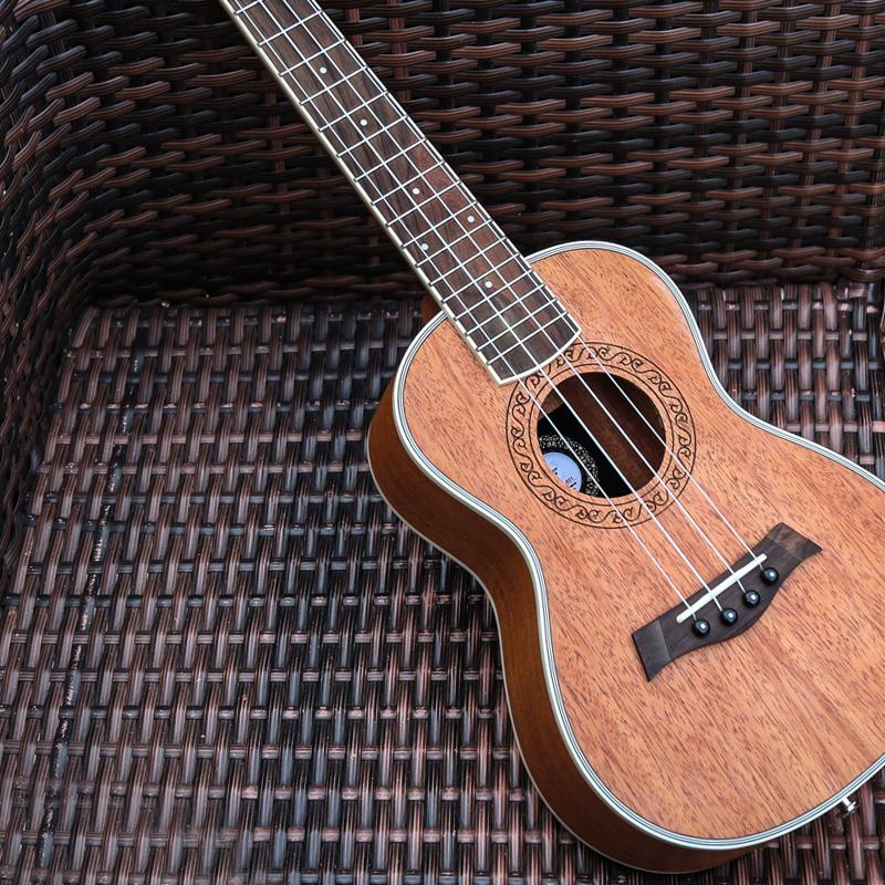 Эндрю Уклеле новая коллекция 21 дюйм укулеле начинающий 23 дюйма ukleili 26 дюймов ручная работа Маленькая гитара