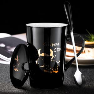 创意生肖陶瓷杯子情侣水杯卡通马克杯带盖勺咖啡杯情侣杯办公茶杯