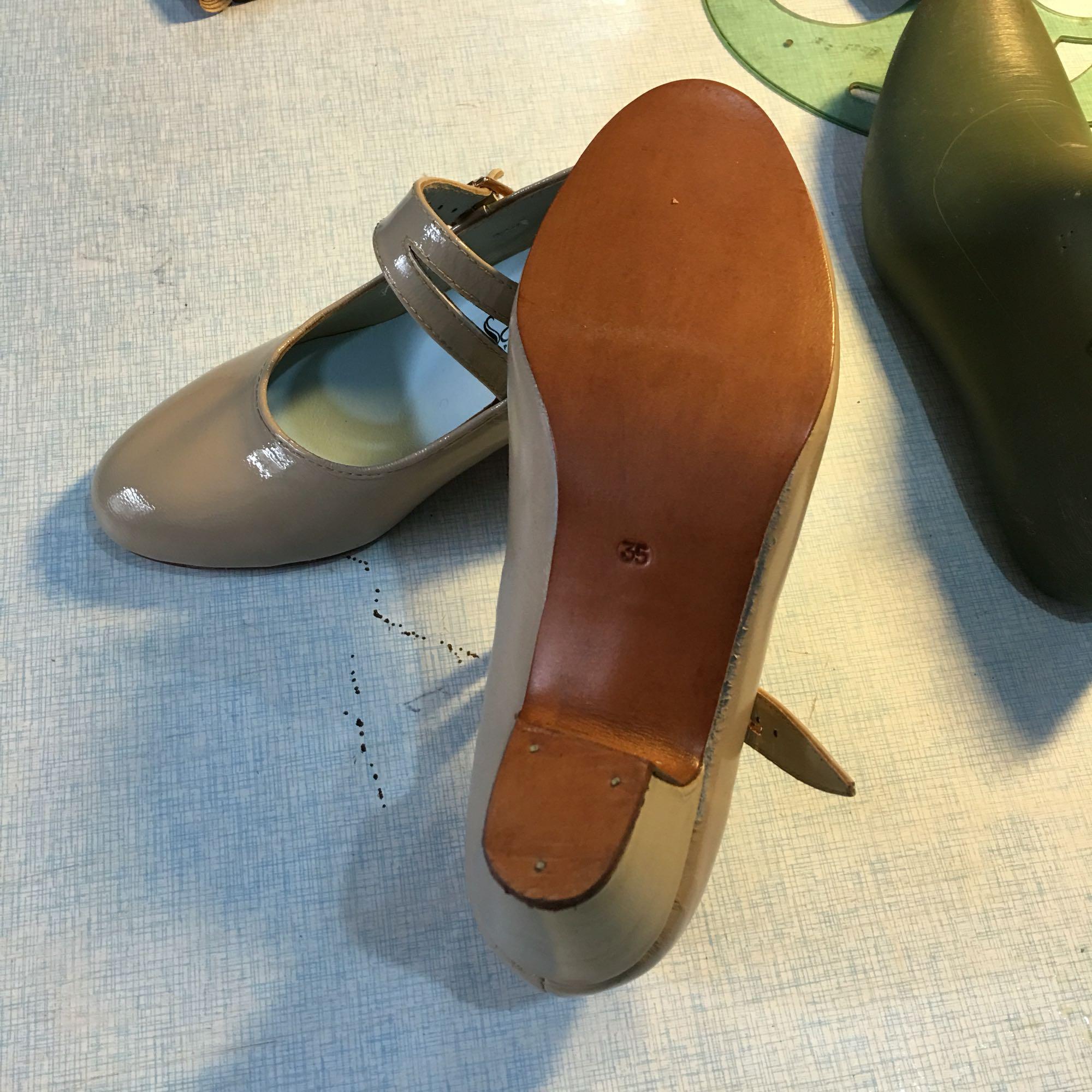 Не раздвижные двери клевец обувь Flamenco выход импорт овец слой краски обувной натуральная кожа конец существует гвоздь обувной в этом месяце специальное предложение