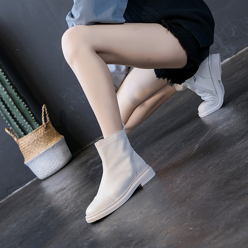 Hong Kong style ulzzang leather women's shoes 2020 new women's boots thick heel short boots flat bottom leather Martin boots women's cool boots
