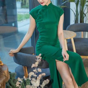 高档旗袍 奢华 优雅中长款重绉桑蚕丝绿色真丝端庄宴会日常