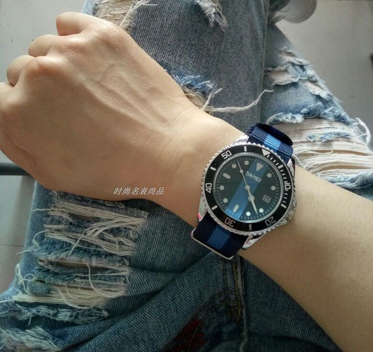 Europe and the United States popular British fashion mosaic color canvas nylon strap Water Ghost male youth student quartz watch