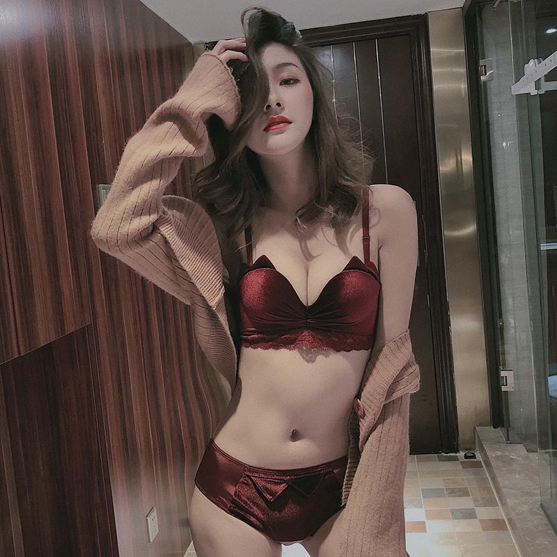 【顺丰包邮】酒红色内衣女本命年小胸聚拢收副乳丝绒文胸无钢圈