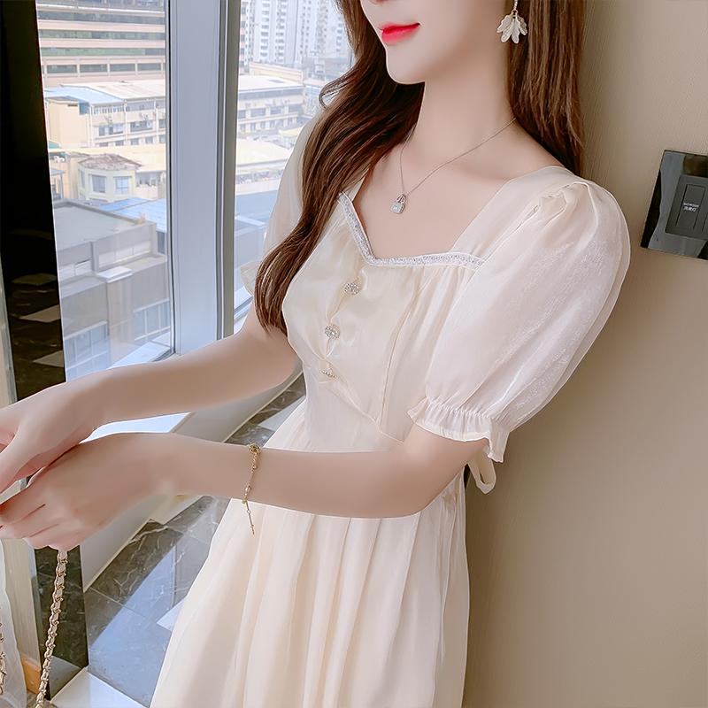 熙熙家服饰二店 XXJFSR8010