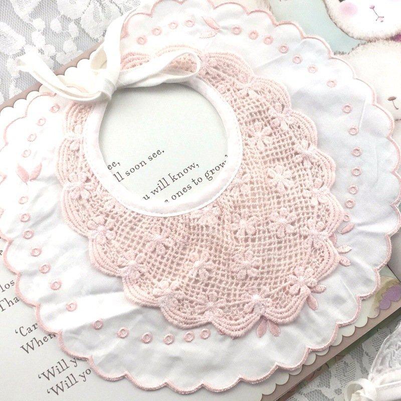 现货纯棉绣花宝宝口水巾ins三角巾母婴儿童用品贴牌工厂