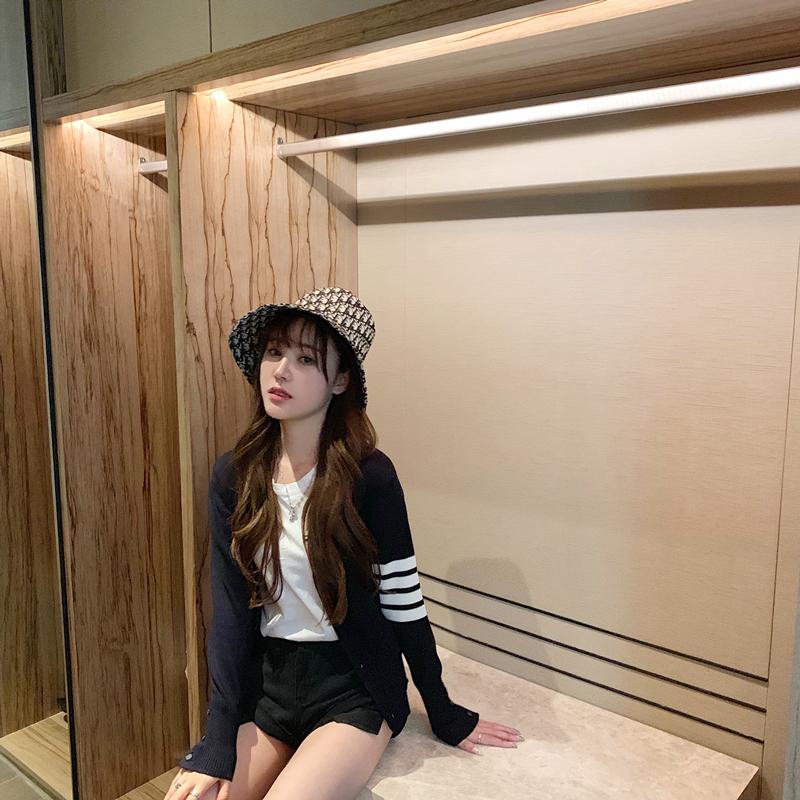 2020春季新品tb开衫短款针织衫女ins韩版修身学院风羊毛衫外套潮