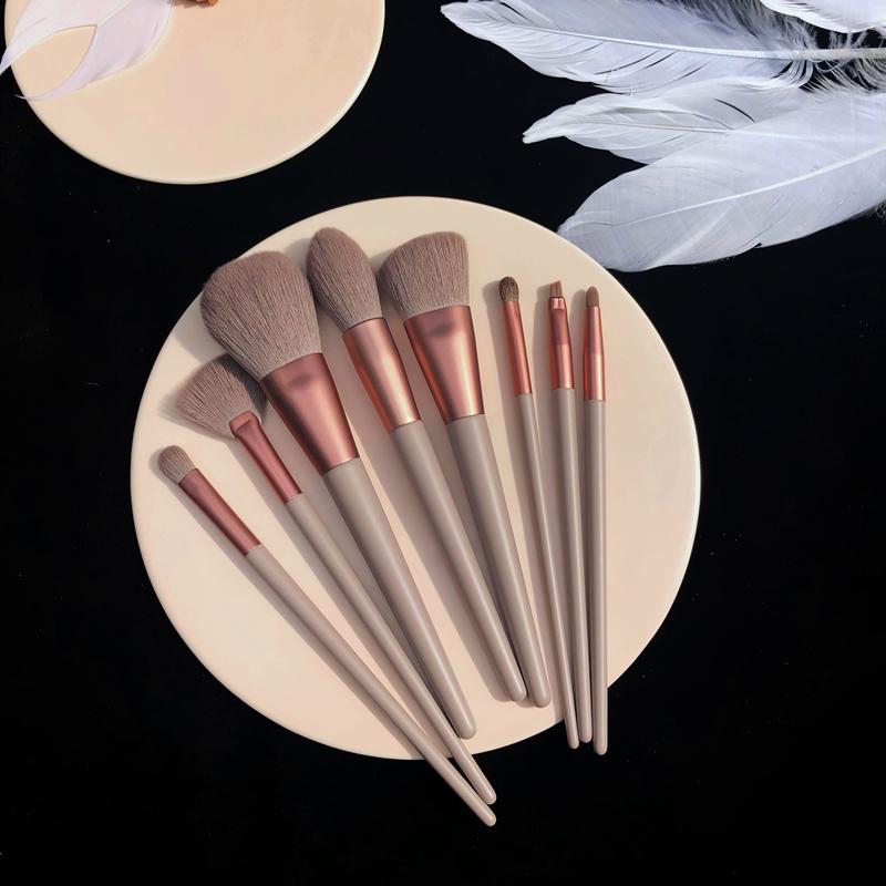 2020新品8支化妆刷套装套刷 美妆工具 散粉刷粉底刷 眼影刷包邮