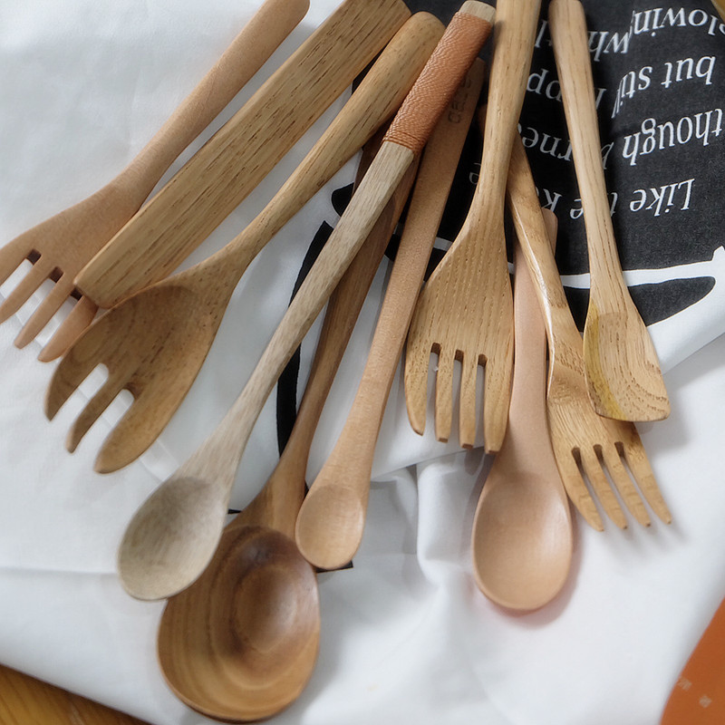 Daily entertainment / Japanese style natural wooden tableware wooden spoon wooden fork childrens tableware