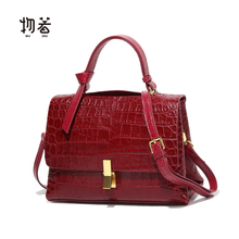 Autumn bag 2019 new red bridal bag stone pattern slant straddle small bag versatile goddess carrying Kelly bag female