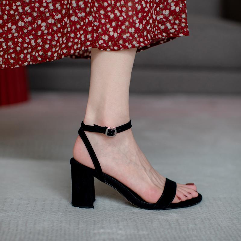2020新款真皮网红ins百搭一字扣带粗跟高跟仙女凉鞋夏韩版大码鞋