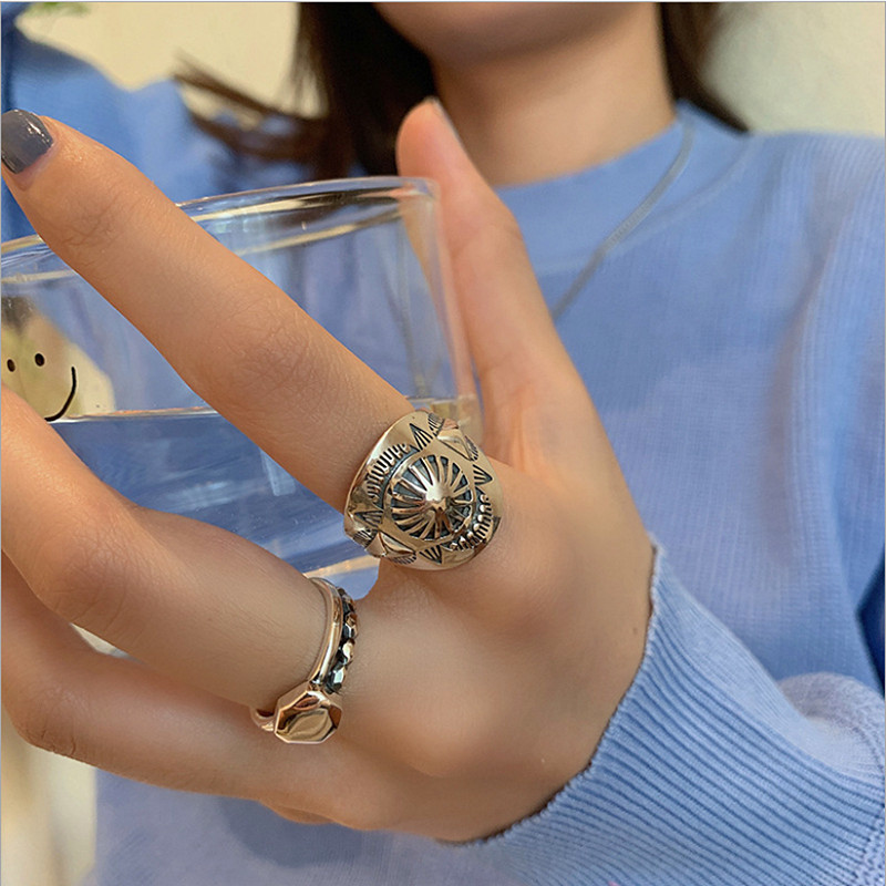 European and American silver plated ring womens trendy rock fashion domineering ring retro hip hop jumping punk index finger tail ring opening