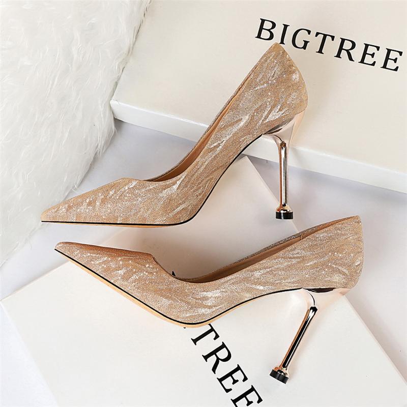 欧美风香槟色高跟鞋女细跟银色闪亮伴娘鞋婚鞋宴会尖头性感女单鞋