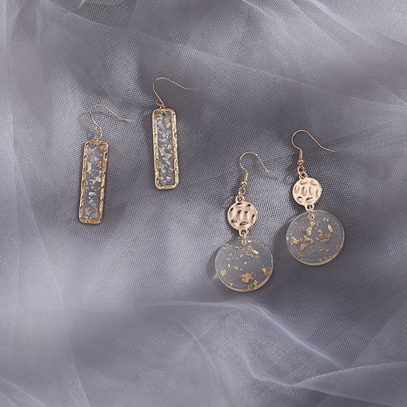 2-piece set of movable earrings, feminine temperament, super fairy exquisite feeling, French retro Baroque earrings and Earrings