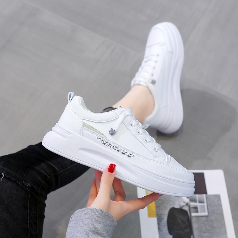 小白鞋女2021春季新款平底百搭板鞋女韩版学生厚底ins运动白鞋
