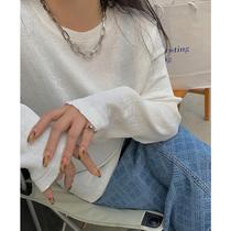 李潇洒胖mm褶皱肌理感圆领长袖T恤女春夏季大码遮肉显瘦打底上衣