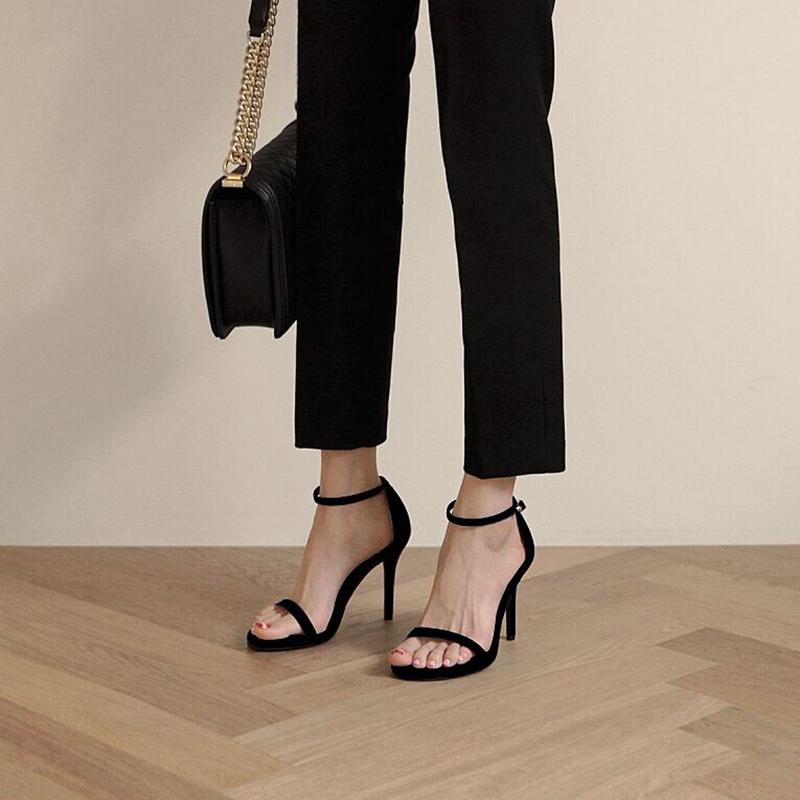 凉鞋女2020新款夏季sw一字带扣高跟鞋细跟黑色仙女风时装流行鞋子