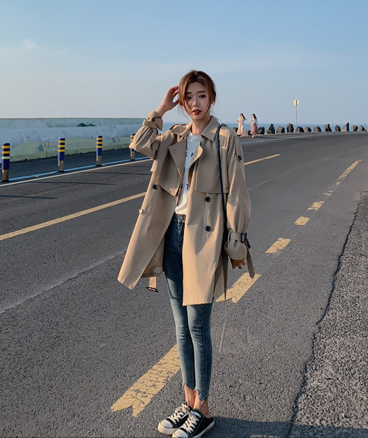 Hong Kong it purchasing new Khaki windbreaker womens 2021 new spring Korean mid length jacket womens spring tide