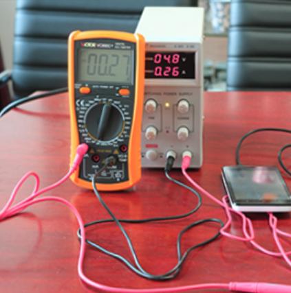 数字万用表 多功能数显表 高精度电表防烧带表笔测电容等