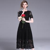 深圳高档女装2019夏加大码短袖修身显瘦蕾丝黑色连衣裙白色中长裙