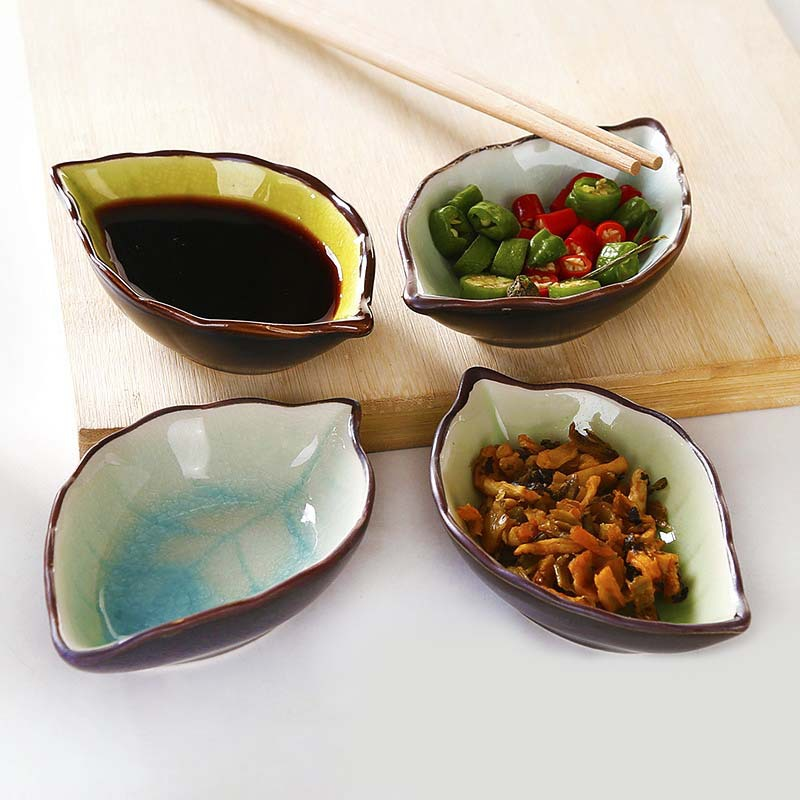 Japanese tableware, multi-functional vinegar dish, seasoning dish, dish, creative snack dish, leaves, four small ceramic dishes