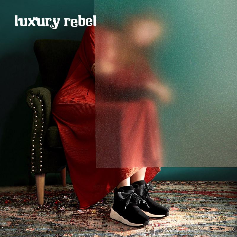 LR女靴Luxury Rebel 2018冬季新款平底休闲雪地靴前系带舒适棉靴