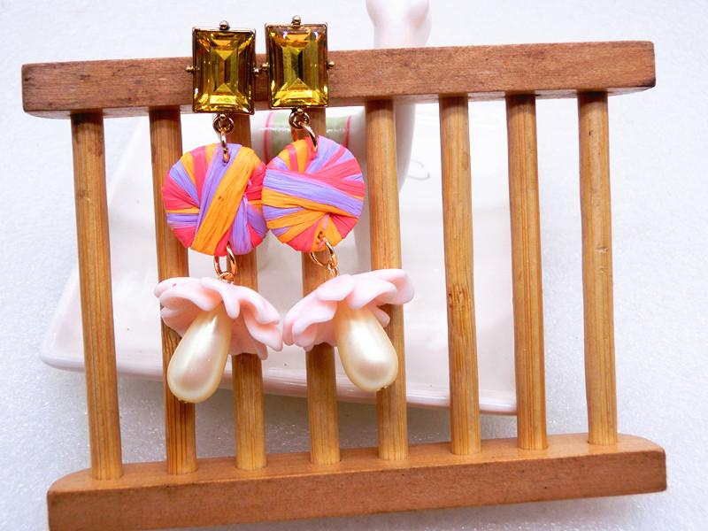 3时尚新款女神优雅气质打标拉菲草珍珠镶钻几何潮流夸张耳环
