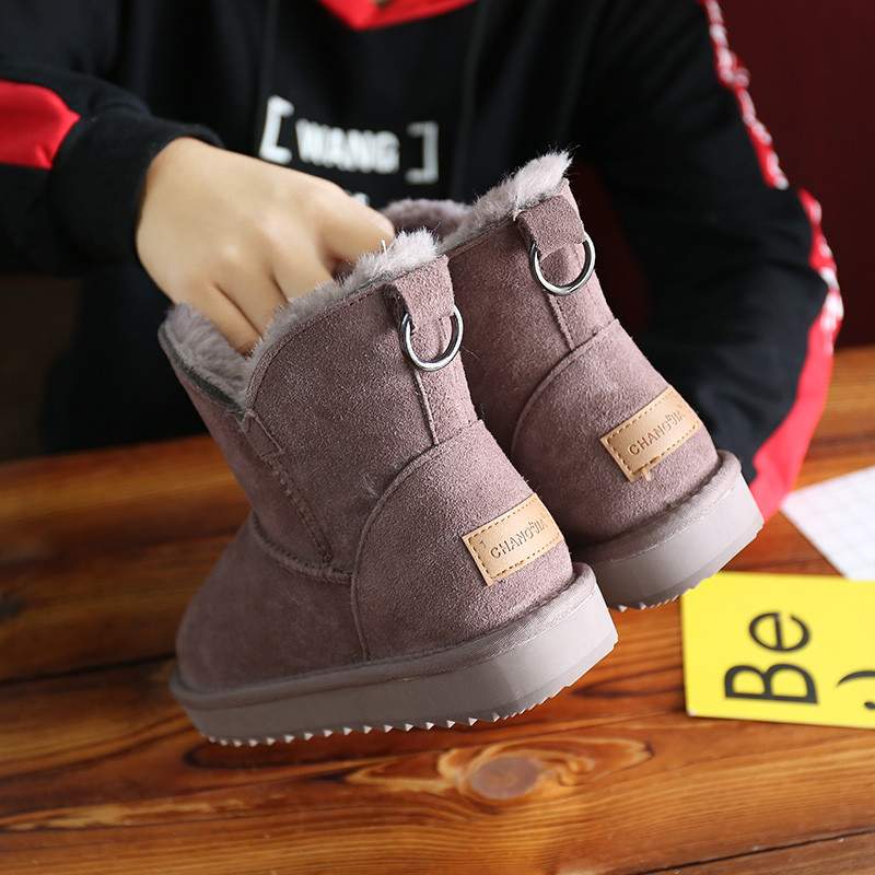 2020 new short tube snow boots womens leather anti slip Plush Korean student flat bottom short boots womens winter tide cotton shoes