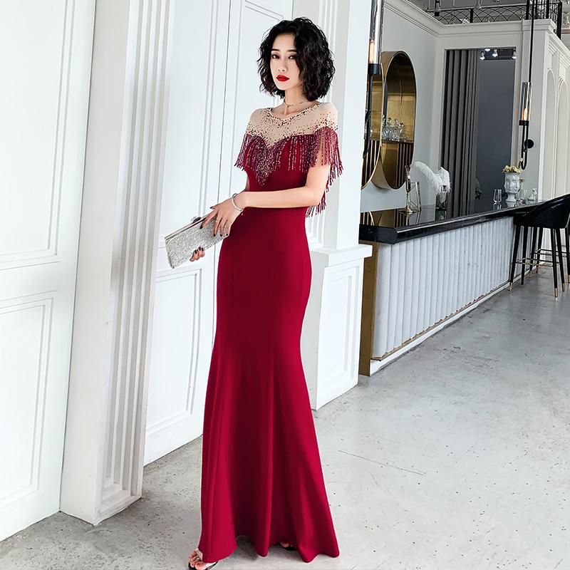 一字肩敬酒服新娘2020新款结婚酒红色鱼尾大气晚礼服长裙晚宴气质
