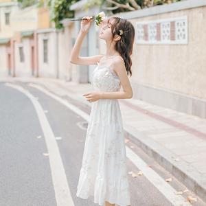 初恋chic温柔夏装2020年新款刺绣吊带雪纺连衣裙女夏季超仙女裙子