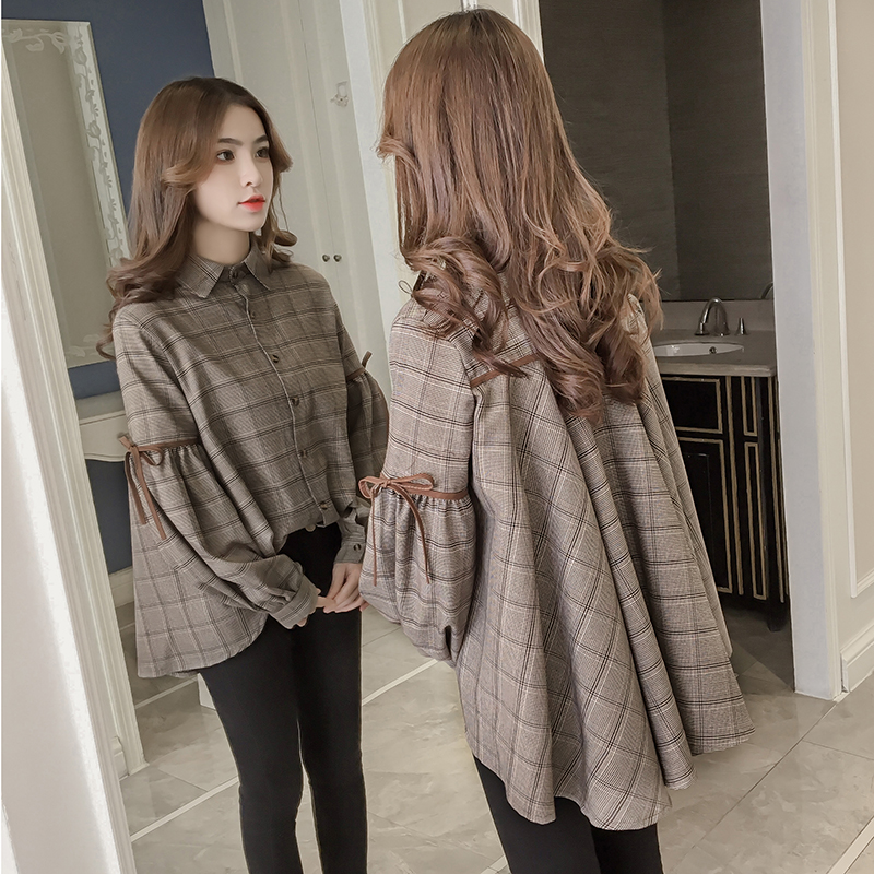 In the spring of 2018 new women's Plaid Shirt coat loose ...
