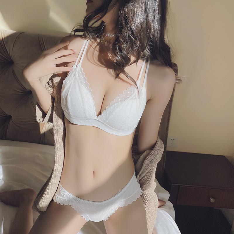 白色内衣女无钢圈薄款透气聚拢收副乳小胸性感蕾丝美背文胸罩夏季