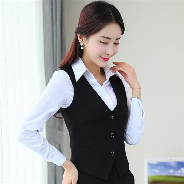 Professional waistcoat womens spring and autumn short vest suit womens business suit waistcoat hotel work suit