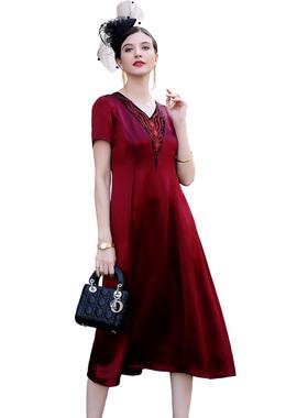 欧依云中年连衣裙显瘦洋气高贵妈妈装年轻气质阔太太绸缎裙子大码