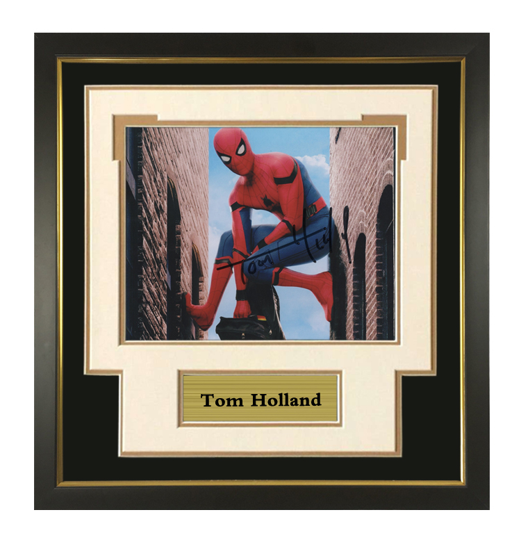 Marvel spider man Tom Holland autographed photo with certificate framed