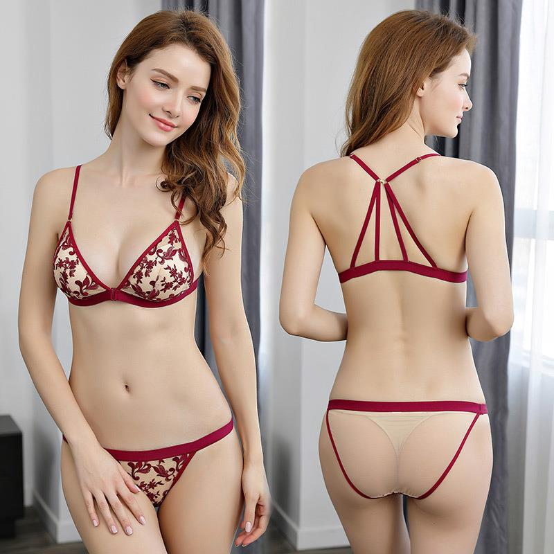 Victoria Europe and the United States thin sexy small chest gathered triangle cup front button bra set Secret lace underwear women