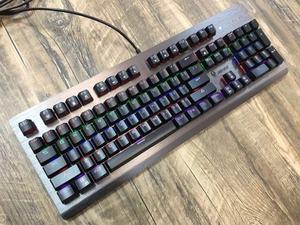 领【5元券】购买宜博k727插拔轴机械104键混光键盘