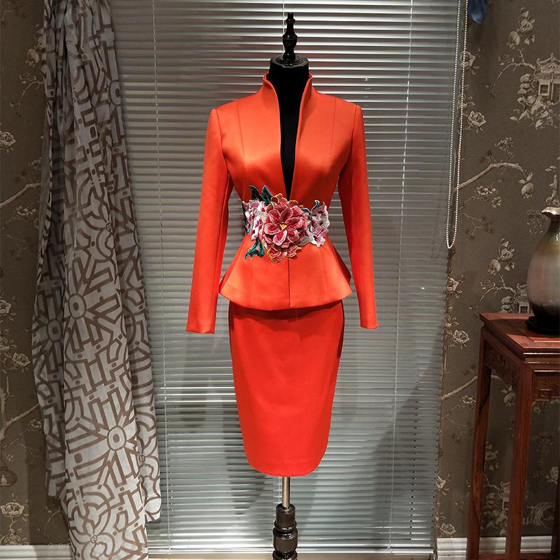 奇艺猫新中式刺绣职业装女装套装讲师主持人权健制服会议套裙西装