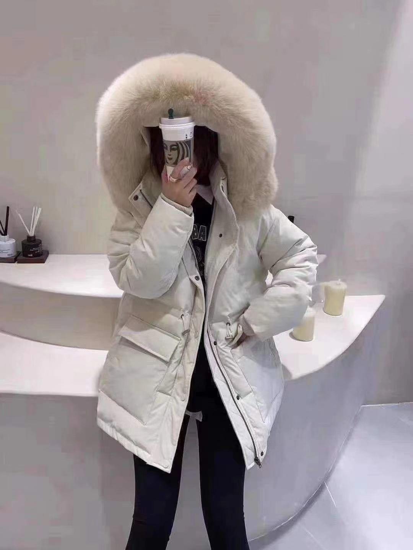 韩版真狐狸毛大毛领羽绒服女2020新款冬季白鸭绒保暖修身连帽外套