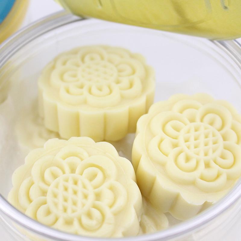 奶月饼 青海老酸奶纯正奶源奶糕 青藏特产手工现做奶乳酪