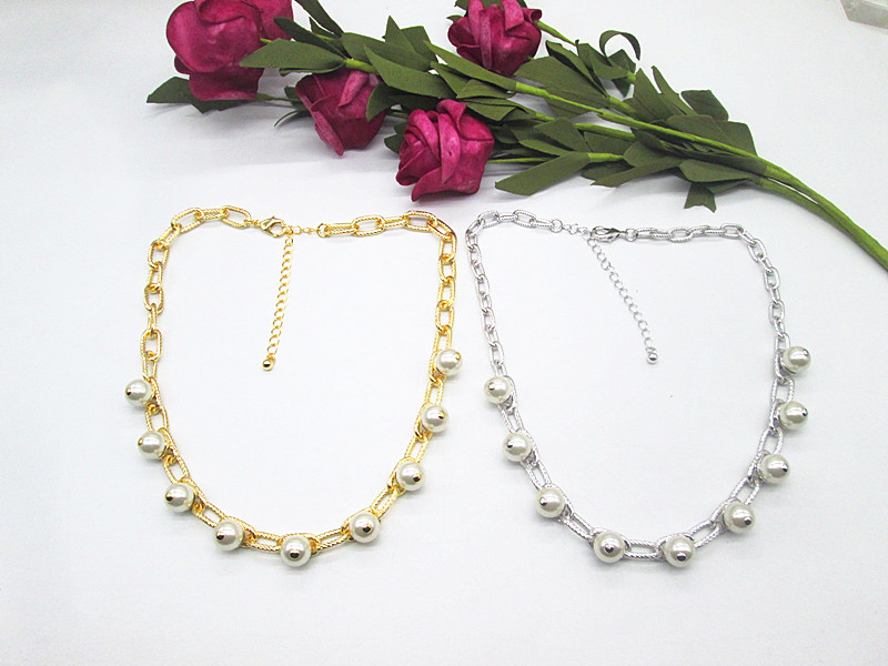72 Qingdao foreign trade jewelry European and American famous brand gold plated pearl fashionable street shot high-end temperament Goddess Necklace