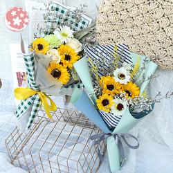 向日葵花束干花包装送人手捧小雏菊轻奢创意礼物仿真香皂花永生花