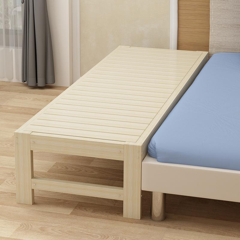 郡宜家具の実木子供用ベッドには、ベッドの幅を広くしたシーツを接続します。