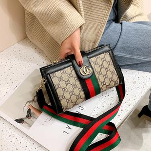 小CK包包女2020新款韩版时尚百搭斜挎包时尚流行印花宽肩带单肩包