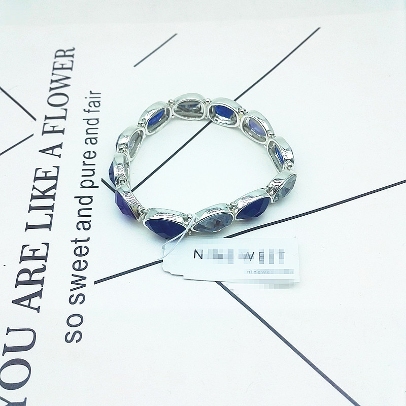 Qingdao beautiful women European and American style fashion simple temperament marking gorgeous alloy bracelet Jewelry