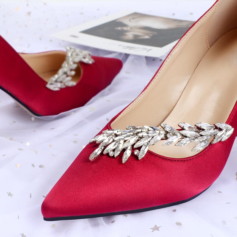 限80000张券mb红色女2019新款尖头5cm高跟鞋