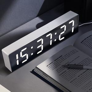 宏创2019新款万年历台式电子钟表桌面日历钟表夜光床头小闹钟数字