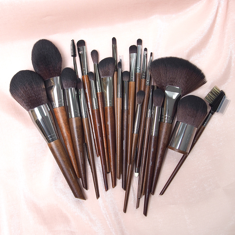 MUF all series makeup brush 130 powder powder brush, honey brush, repair, brush, eye shadow, brush, blush brush, high gloss brush.